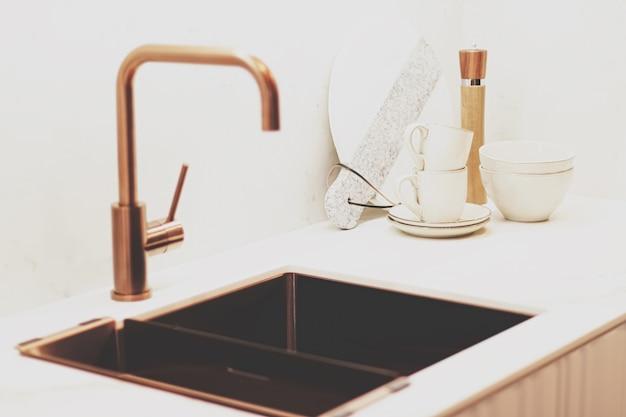 Decorazioni per la casa e interior design in casa moderna o appartamento, mobili di lusso e dettagli decorativi