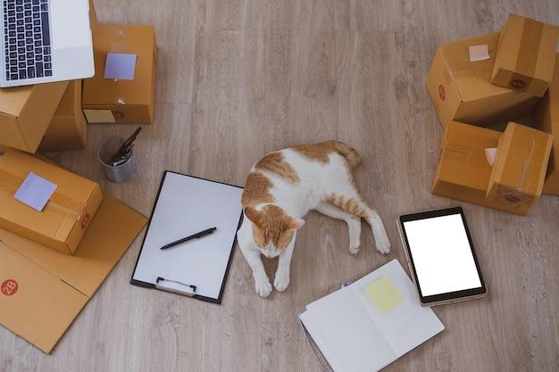 Home office per attività di vendita online.