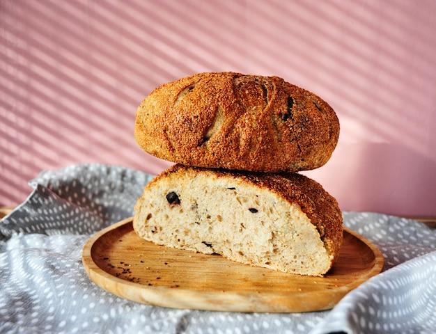 Pane fresco biologico e artigianale fatto in casa