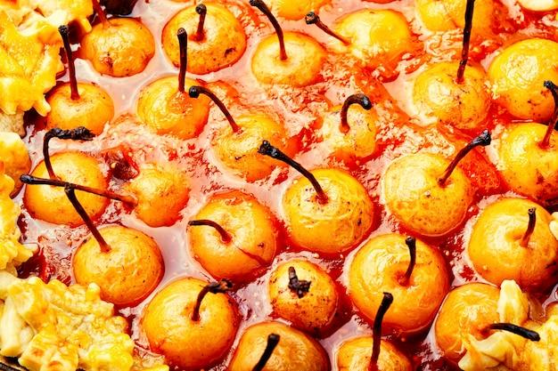 Torta di frutta fatta in casa.torta di pere.dolce dessert autunnale.food background
