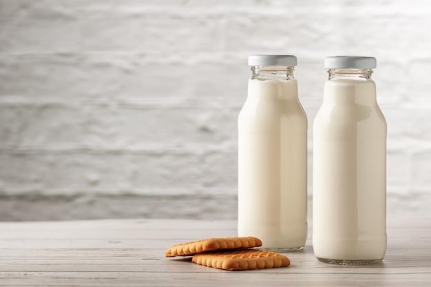 Kefir o yogurt fatto in casa con probiotici. kefir perdere il concetto di dieta del peso.