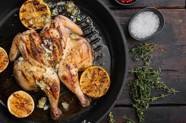 Alimento di pollo arrosto fatto in casa