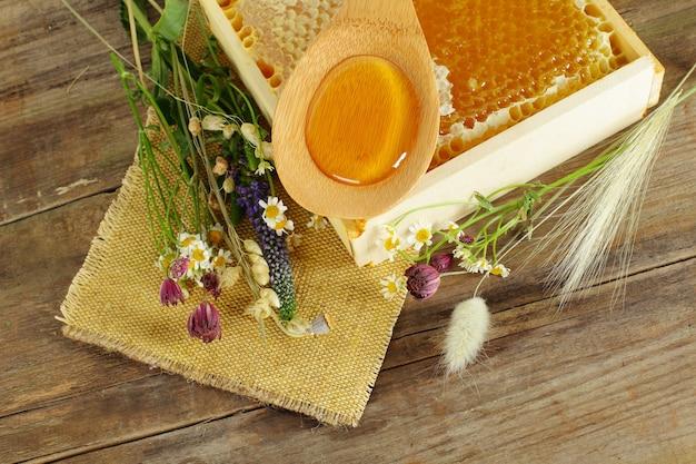Miele e fiori