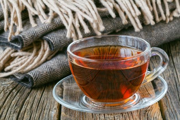 Tè caldo in una fredda giornata d'autunno