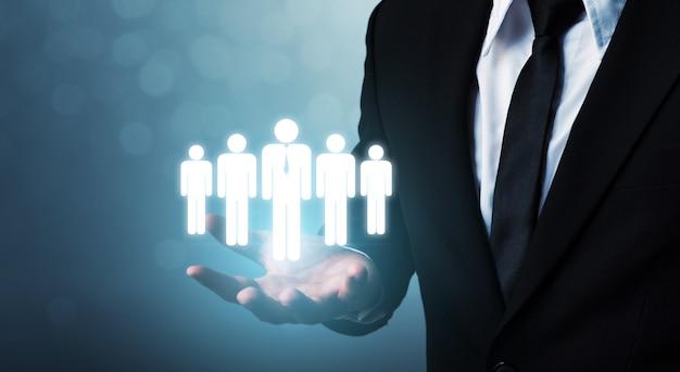 Risorse umane, gestione dei talenti e concetto di assunzione