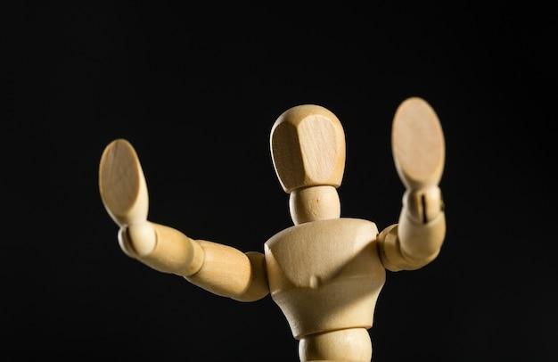 Manichino umano in legno