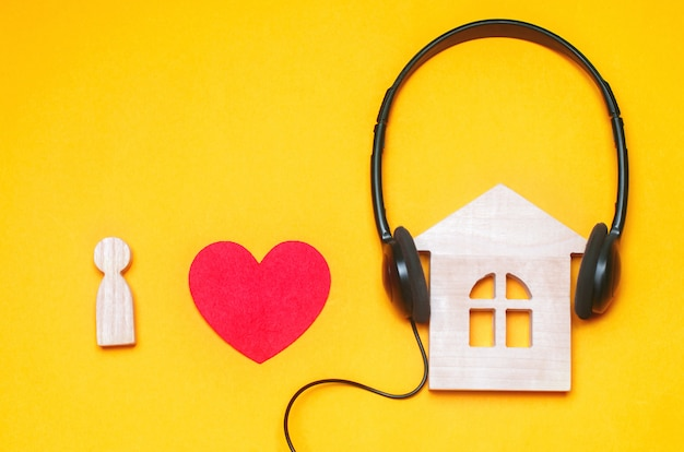Amo la musica house. musica elettronica. electro, trance, deep house