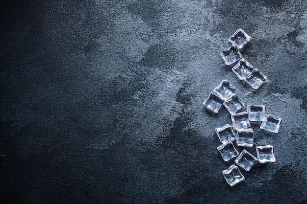 Pezzi di acrilico trasparente artificiale ghiaccio riutilizzabili in plastica