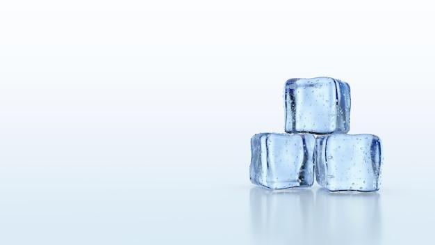 Cubetti di ghiaccio con riflessi isolati su bianco