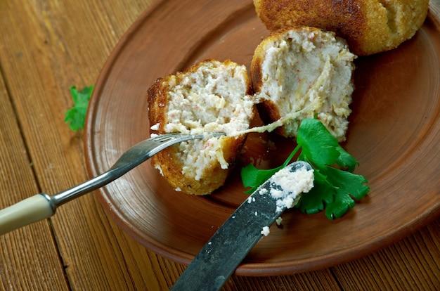 Filetto di merluzzo in pastella alla birra guinness dei frutti di mare islandesi