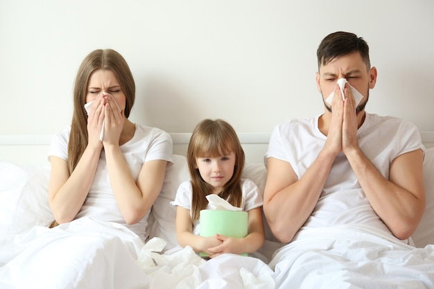 Famiglia malata in male a casa