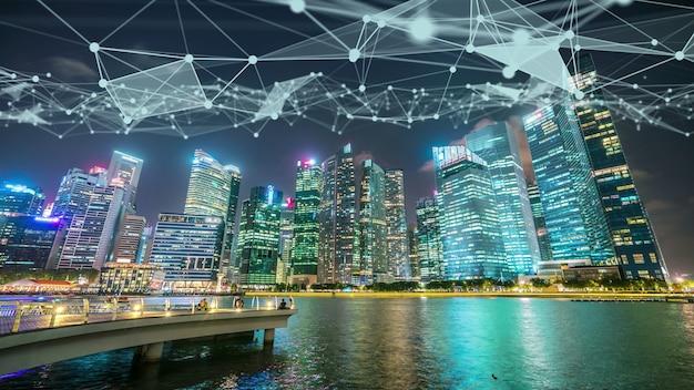 Città digitale intelligente visiva fantasiosa con il grafico astratto di globalizzazione che mostra la rete di collegamento