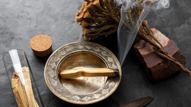 Incenso spagnolo pianta santa in legno
