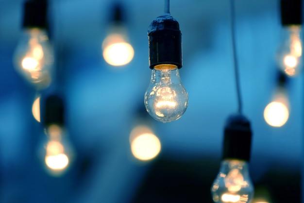 Lampada elettrica a sospensione inclusa. luce per eventi spettacolo