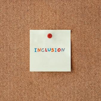Parola di inclusione scritta su un post-it