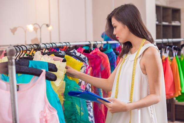 Contabilità vestiti di reddito