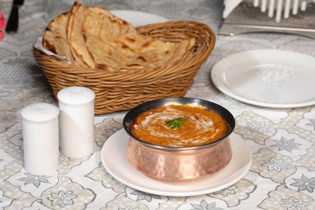 Curry indiano famoso dal makhani