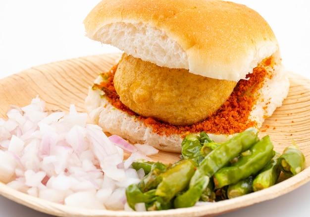 Indian famoso cibo di strada vada pav