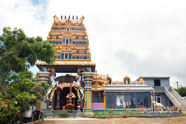 Tempio indiano sull'isola di mauritius nell'oceano indiano