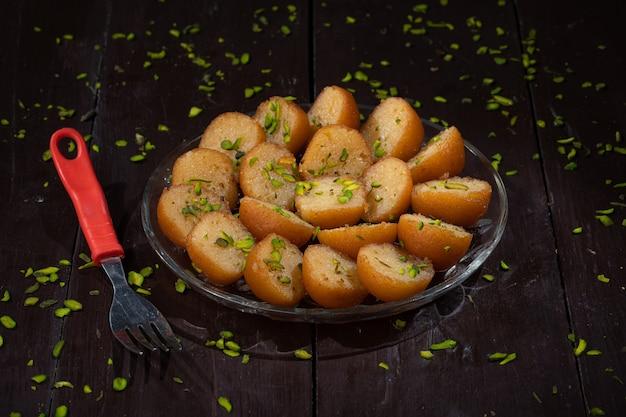 Dessert tradizionale indiano gulab jamun