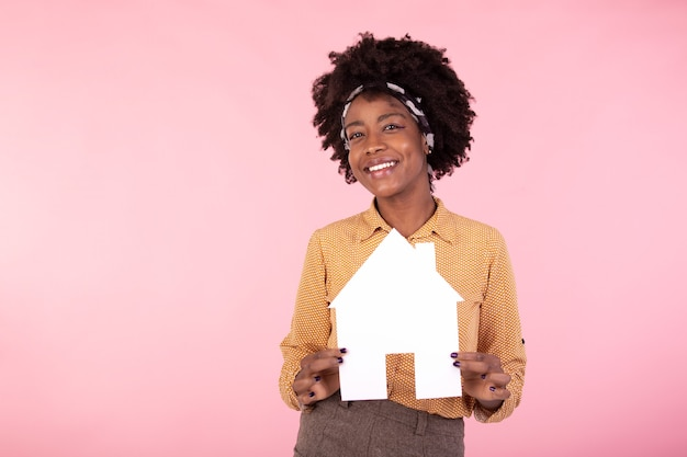 Assicurazione, prestito, immobiliare e concetto di famiglia
