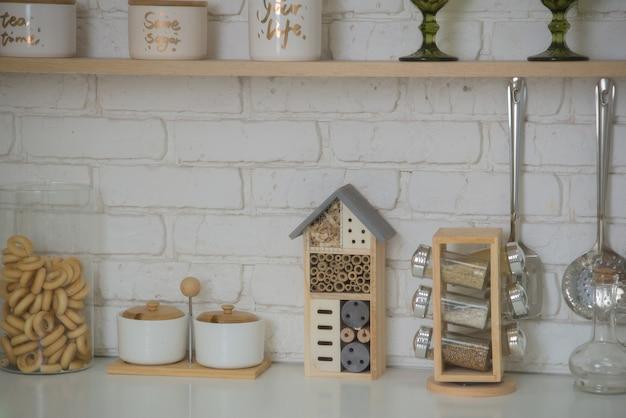 Interni in cucina bellissimi mobili e utensili da cucina