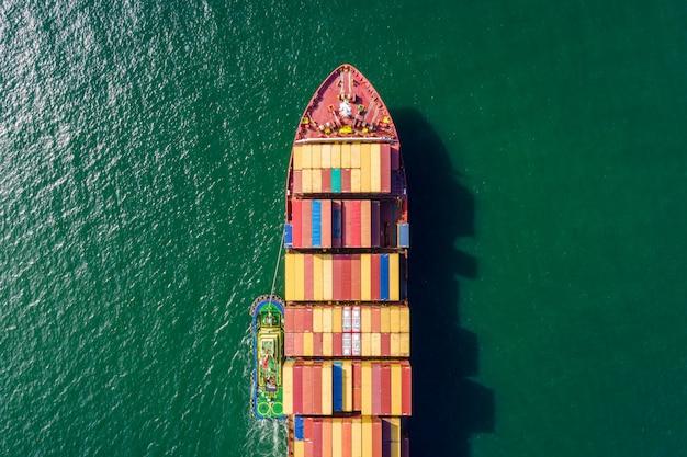 Attività di spedizione internazionale di container