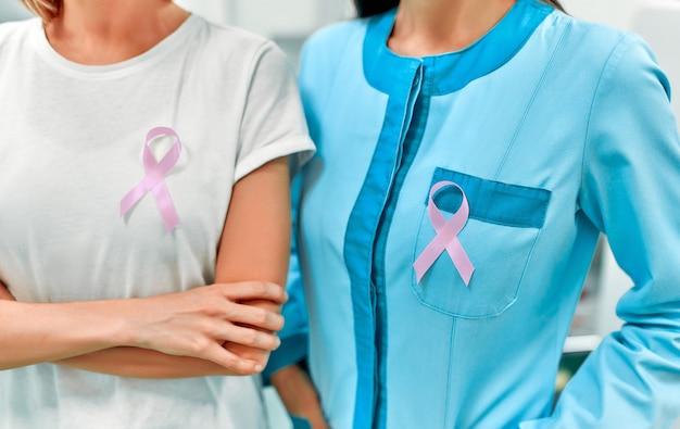 Simbolo internazionale per il mese della consapevolezza del cancro al seno di ottobre