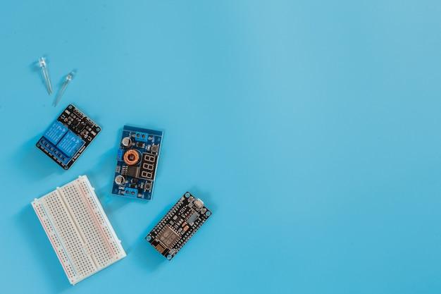 Scheda elettronica nano micro-controller iot