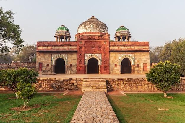 Moschea di isa khan, tomba di humayun, nuova delhi, india.