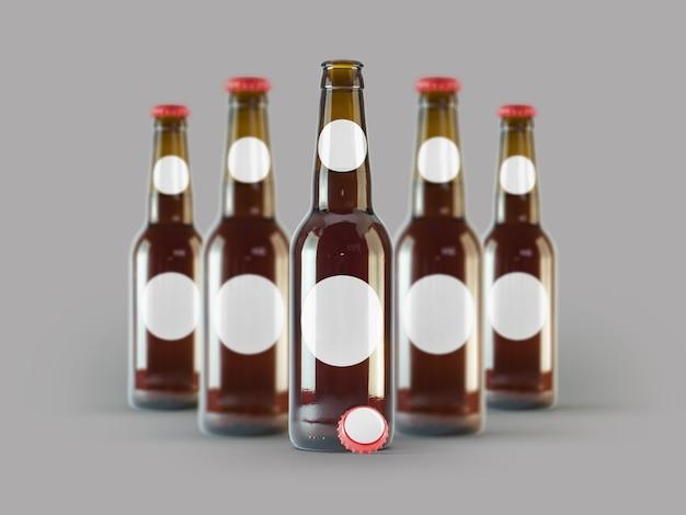 Mock-up di bottiglie di birra isolato - etichetta vuota, concetto più oktoberfest.
