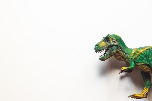 Dinosauro isolato su sfondo bianco