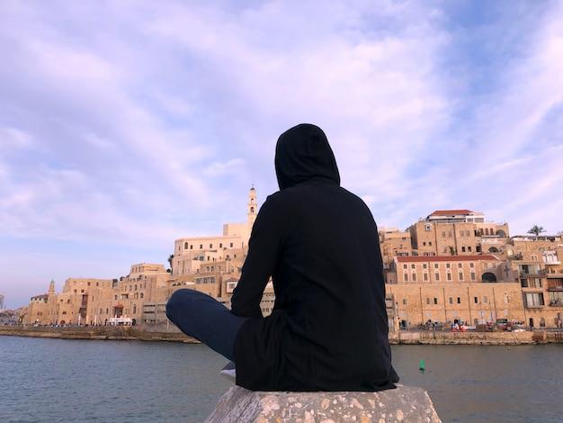 Israele, tel aviv, vecchio porto di giaffa, ritratto di uomo