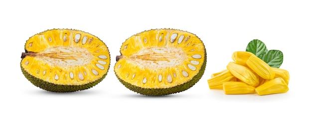 Jackfruit con foglia isolato su bianco