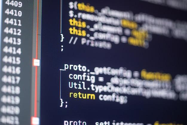 Codice javascript su un monitor