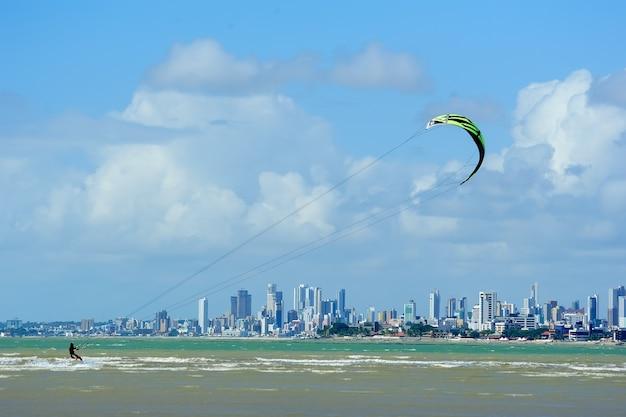 Joao pessoa paraiba brasile il 23 agosto 2012 kite surf a intermares beach