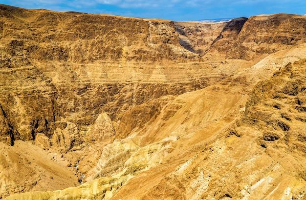 Il deserto della giudea vicino al mar morto - israele