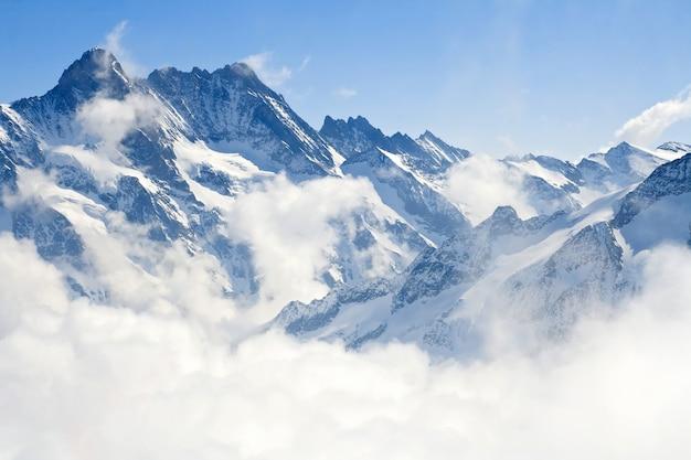 Paesaggio di montagna alpi jungfraujoch