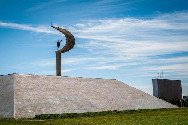 Juscelino kubistchek statua jk memorial a brasilia df brasile il 14 agosto 2008