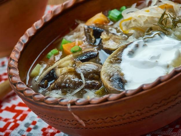 Kapustnica - zuppa di crauti natalizia tradizionale slovacca