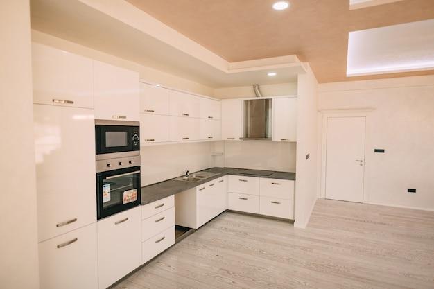 La cucina dell'appartamento il design della cucina wo