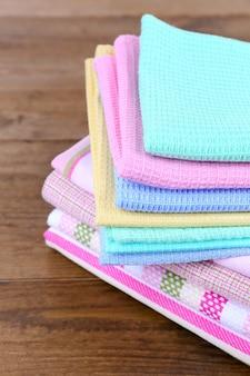 Asciugamani da cucina su legno