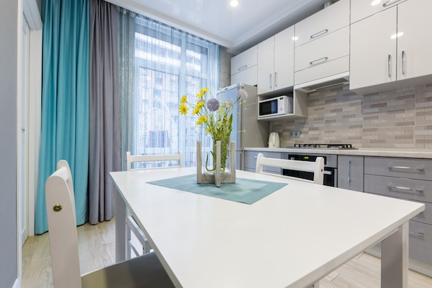 La cucina in bianco