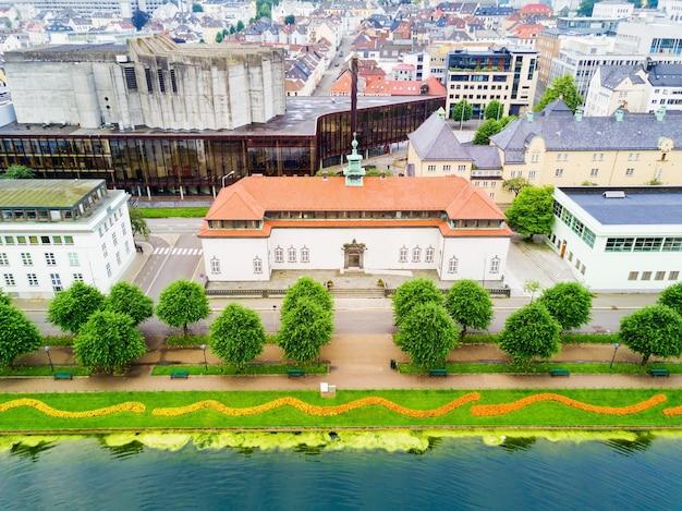 Kode è l'art museum di bergen in norvegia