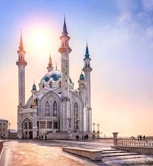 La moschea kul sharif al sole di kazan