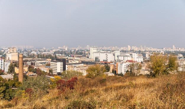 Kiev, ucraina - 28 settembre 2019: paesaggio urbano del distretto di podol della città di kiev, ucraina