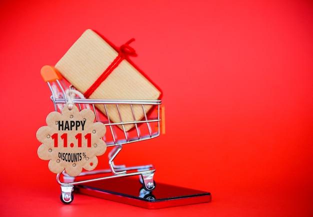 Etichetta tag acquisti per lo shopping online, cina 11.11 concetto di vendita al giorno.