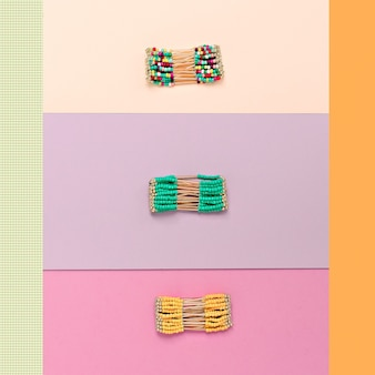Accessori eleganti da donna. set di bracciali alla moda