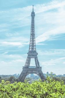 Paesaggio della torre eiffel a parigi