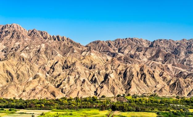 Paesaggio a palpa nella regione di ica del perù
